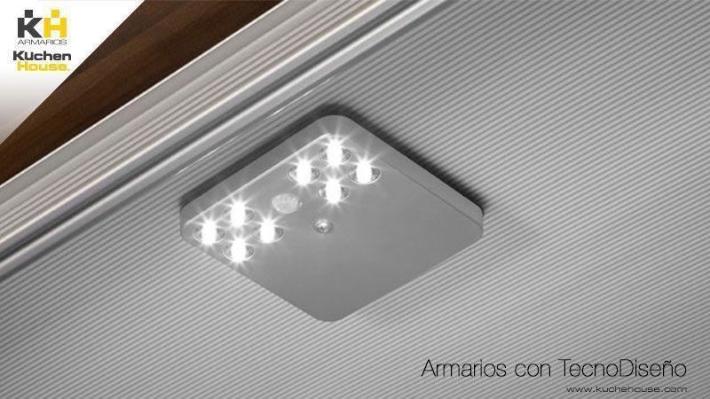 Lampara LED de alta luminosidad con sensor de movimiento y conexion USB armarios kuchen house calidad y mueble aleman