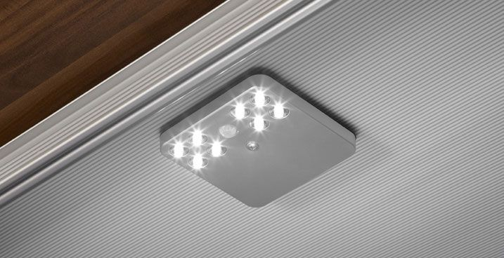 Luz LED - Accesorios de los Armarios Kuchen House. Calidad Alemana.