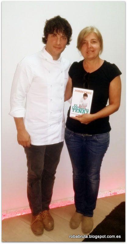 Montse con Jordi Cruz, uno más uno es igual a cocina con mucho mimo | Hablamos con ... Entrevistas Kuchen House | Cocinas Alemanas | Armario Alemán