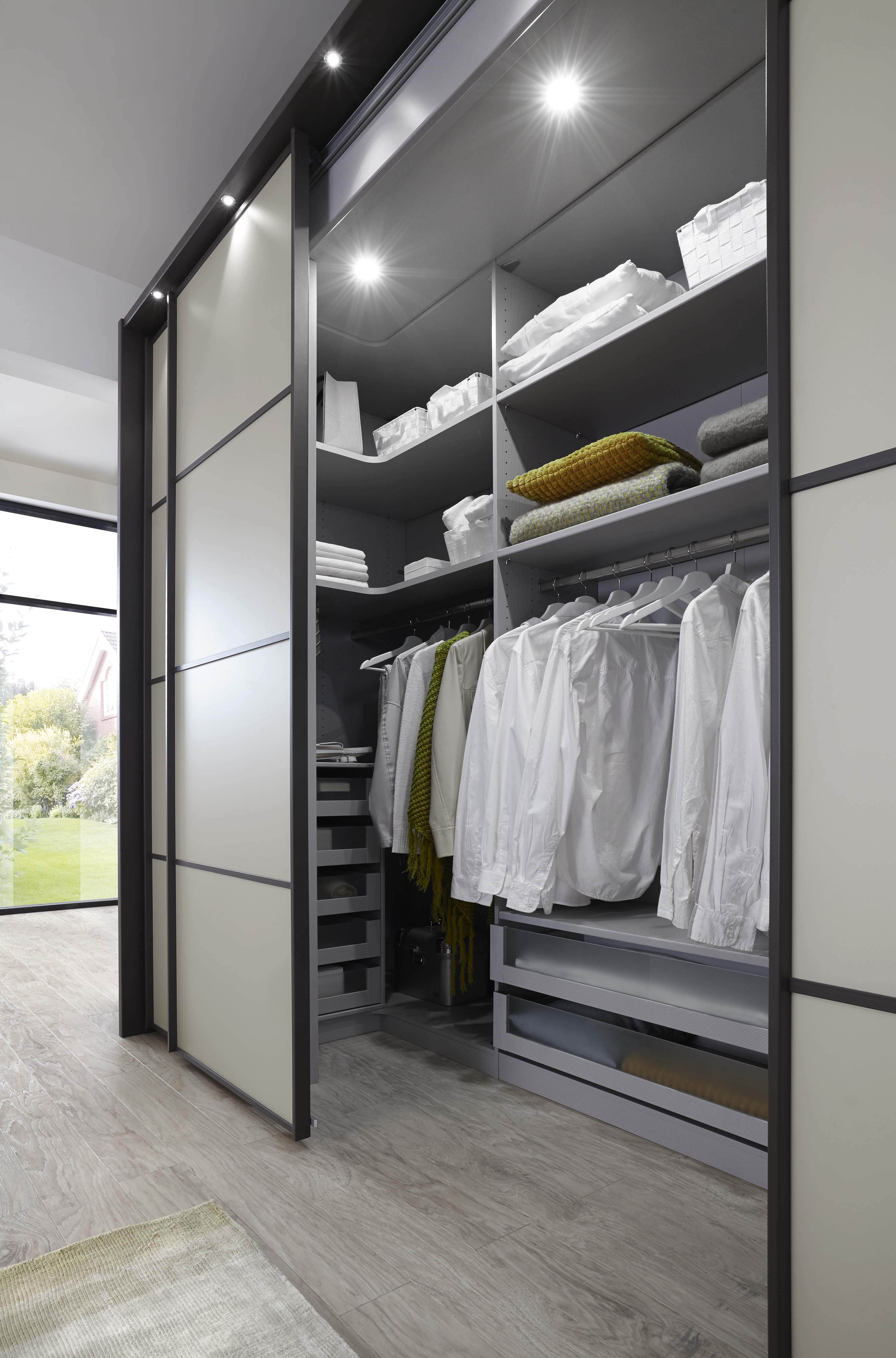 10 accesorios imprescindibles para ordenar tu armario